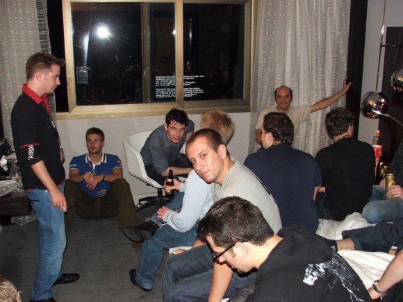 Party 05