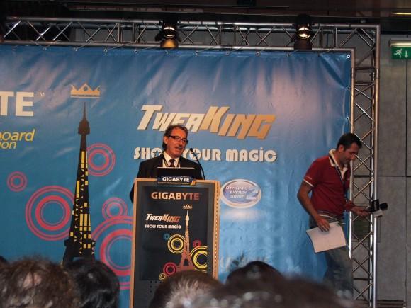 TweaKING Press Conf 09