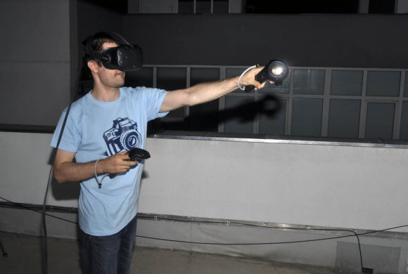 VR-05