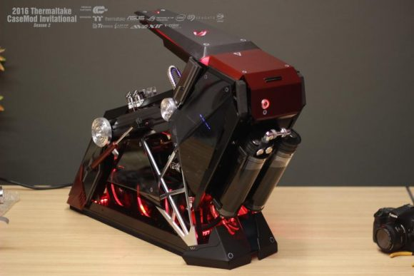 2016 Thermaltake CaseMOD Invitational Season 2_ Siwasak Sirisomboon's ROG Red Base_ 2nd Place_1